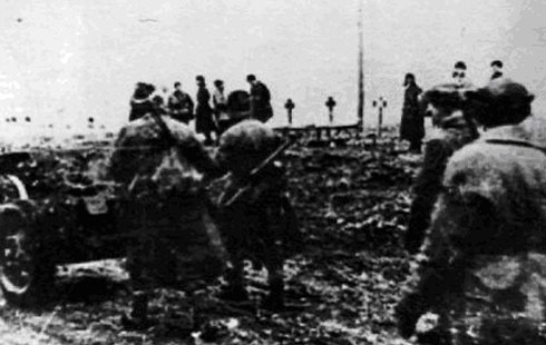 Советские войска по дороге у сел. Бирагзанг